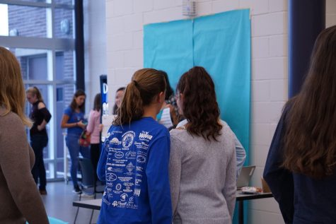 Lunchtime photo booth raises awareness of teen suicide
