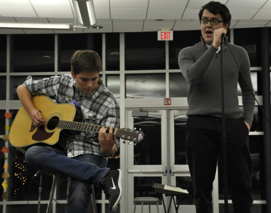 Coffeehouse warms up cold Friday night