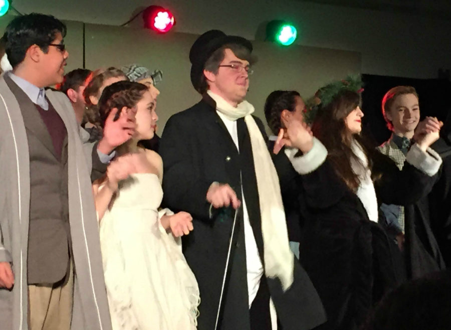 No 'humbug' in this holiday production