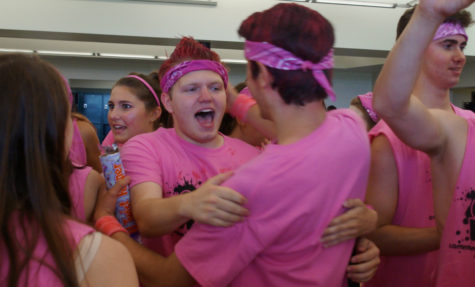 Pink team wins Color Wars, poor weather causes shift in events