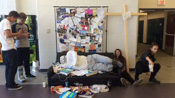 Punk/grunge clothing and scarecrows mark day four of fall spirit week