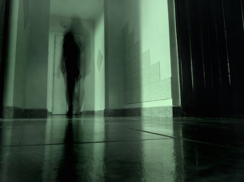 Students debate paranormal activity ghosts