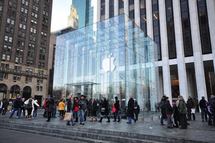 The+Apple+Store+on+5th+Avenue+in+New+York+City.
