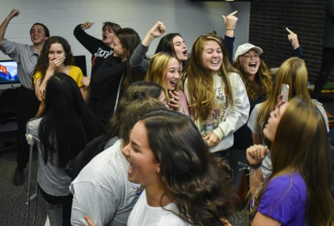 Students rock out at 80s themed back to school dance