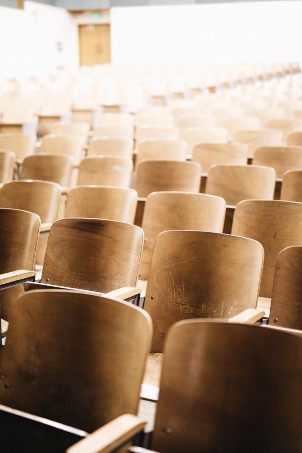 2020+CHS+graduates+give+2021+seniors+college+advice+during+unprecedented+times.%0Ahttps%3A%2F%2Funsplash.com%2Flicense