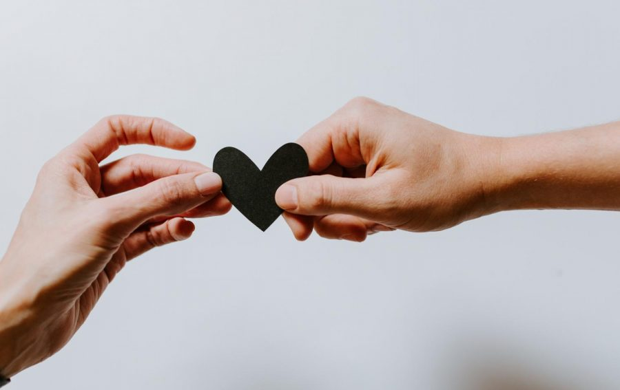 Mentally abusive couples in TV shows and movies are affecting the way people view a good relationship. https://unsplash.com/license